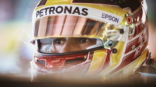 Mercedes rule the roost as practice in Australia begins