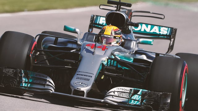 Hamilton sets fastest lap around Montreal circuit to take pole position